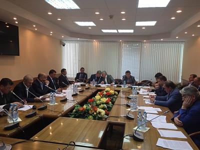 19 июля 2017 года Владимир Афонский принял участие в работе комитета по транспорту и строительству